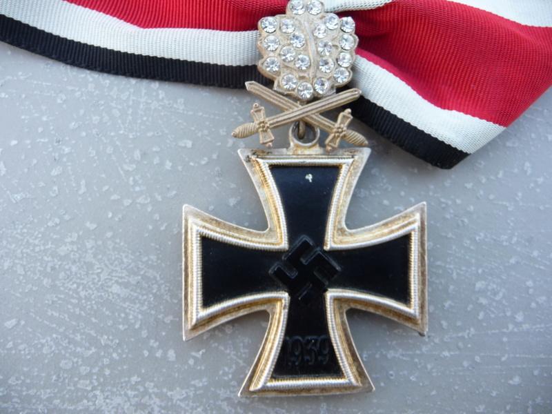 Croix de chevalier glaives et brillants ! P1150737