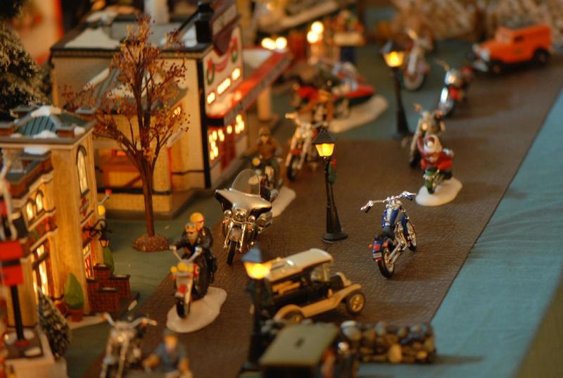Jouets, jeux anciens et miniatures sur le monde Biker - Page 22 33421310