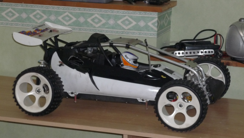 presentation de ma fg baja avec chassis perso P1000119