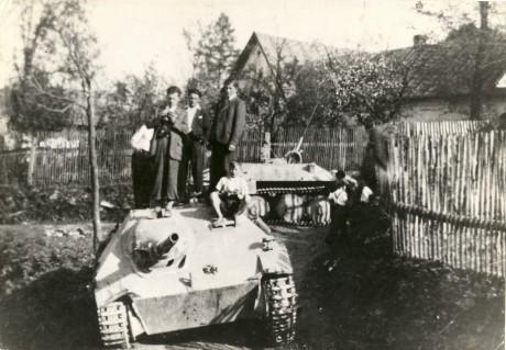SdKfz 138/2 Hetzer - Page 2 Flakhe10