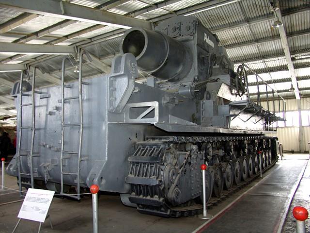 Karl le mortier qui aurait du détruire Paris Karl_k10