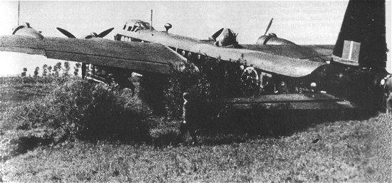 Le Stirling, l'oublié du Bomber Command Stirli14