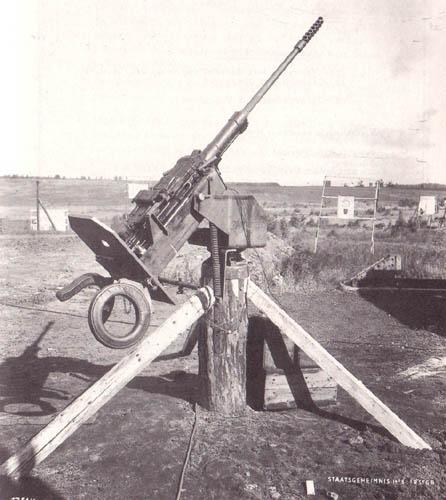 quizz sur l'artillerie - Page 9 Trucma11
