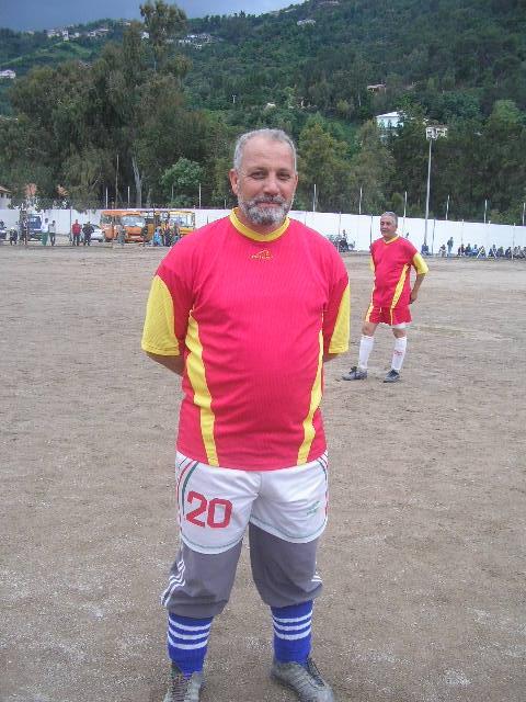 Match gala à la mémoire de Omar Zizi P1010024