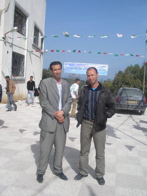 Fersaoui Abdelouhab (cadre du RAJ) +maire d'Ait Smail P1010171
