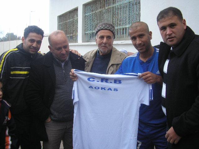 CRBAokas: Hommage à Kandi Amirouche (03/12/2010) P1010275