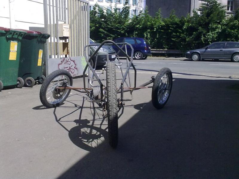 Vélomobile électrique ''heavy metal'' 18062011