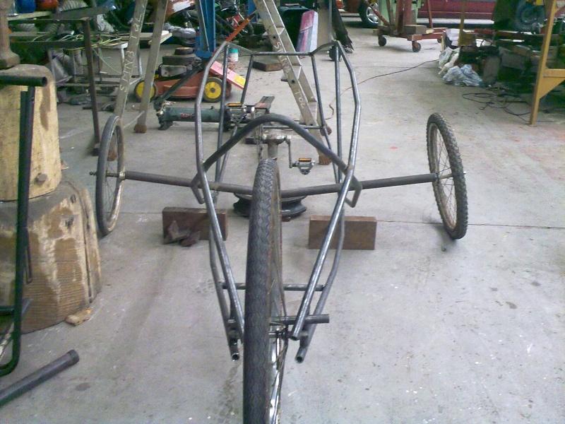 Vélomobile électrique ''heavy metal'' 29042011