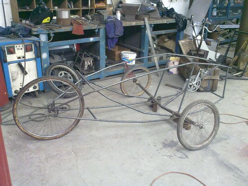 Vélomobile électrique ''heavy metal'' Trikeu10
