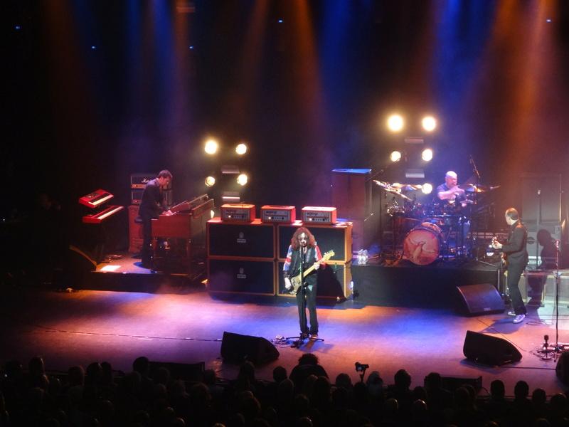 Reviews concerts autres groupes - Page 13 Dsc01423