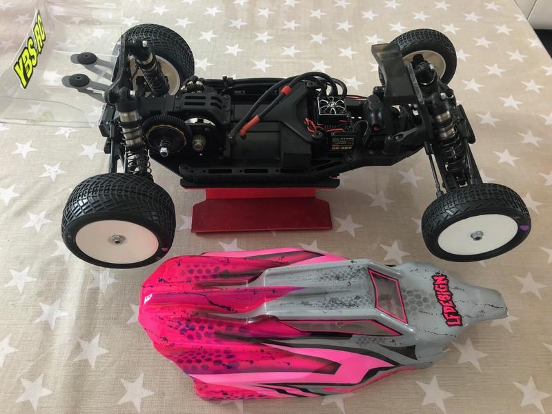 Mon nouveau buggy 1/8 4x4 XRAY XB8E File-112