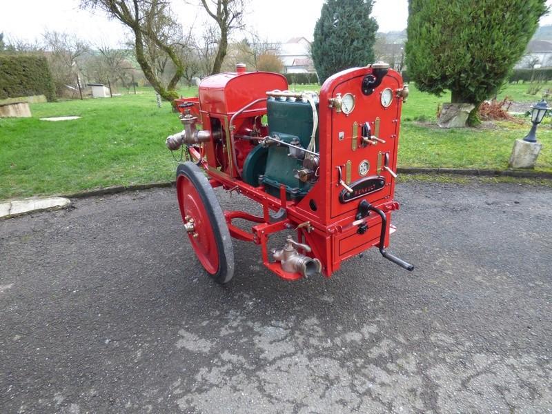 RENAULT - La Motopompe d'incendie Renault  27503810