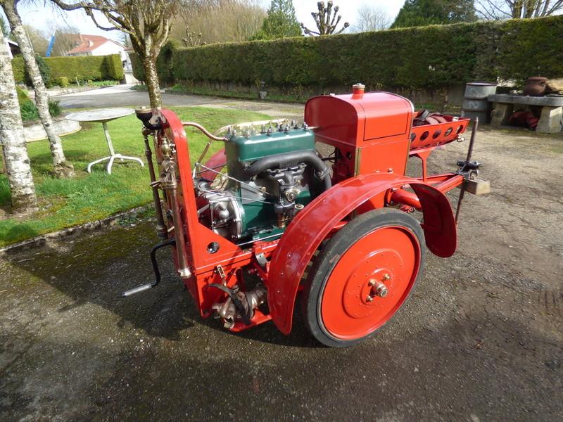 RENAULT - La Motopompe d'incendie Renault  P1010626