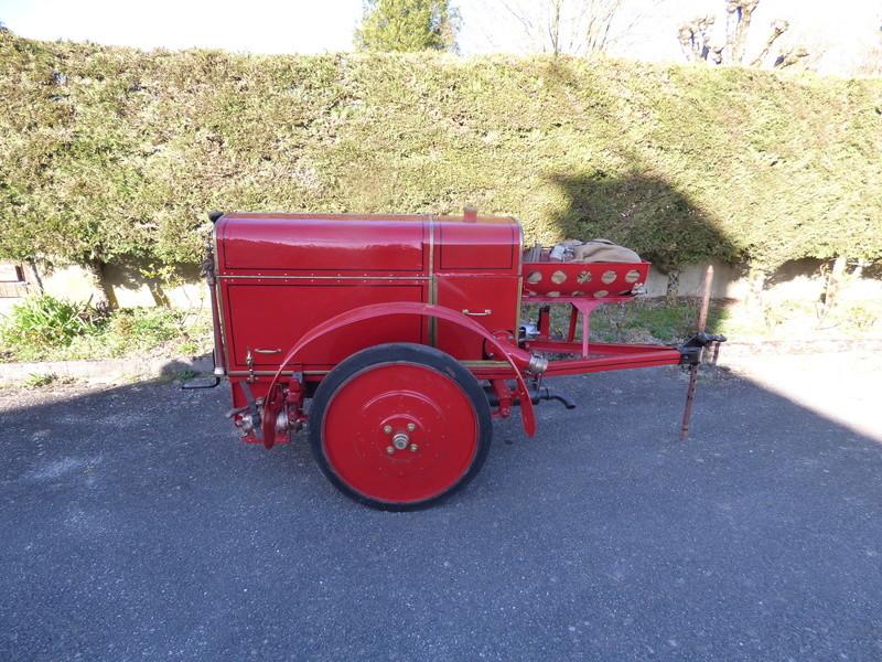 RENAULT - La Motopompe d'incendie Renault  P1010629