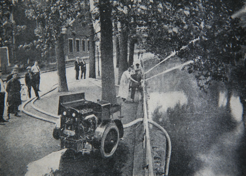 RENAULT - La Motopompe d'incendie Renault  Therma10