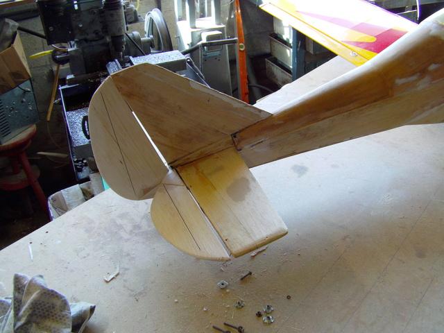 Comment à partir d'une épave fabriquer un petit avion ? Imag0028