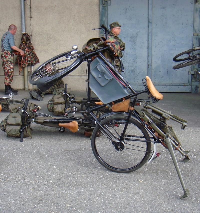 Les vélos militaires suisses 2010_010