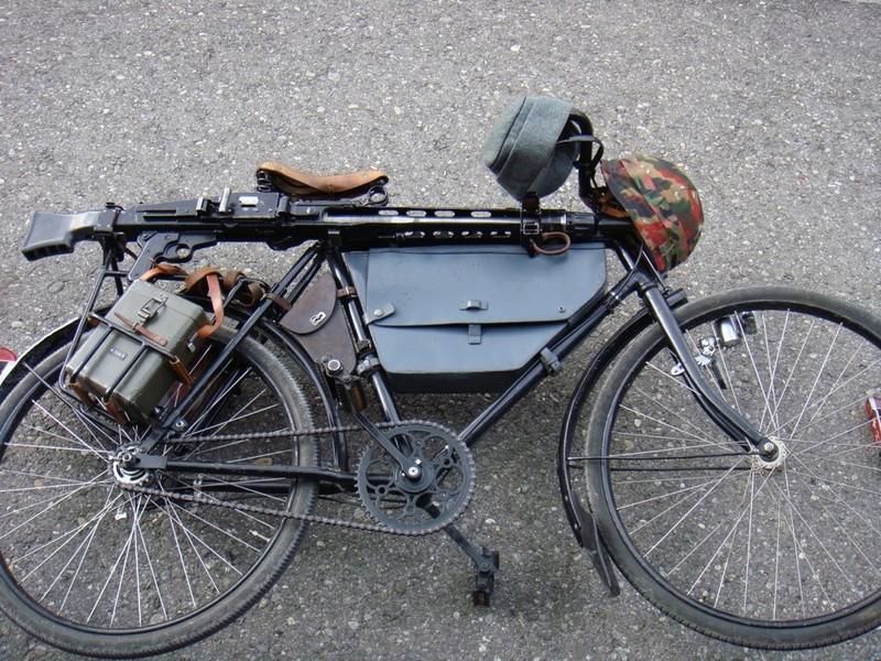 Les vélos militaires suisses 2010_012