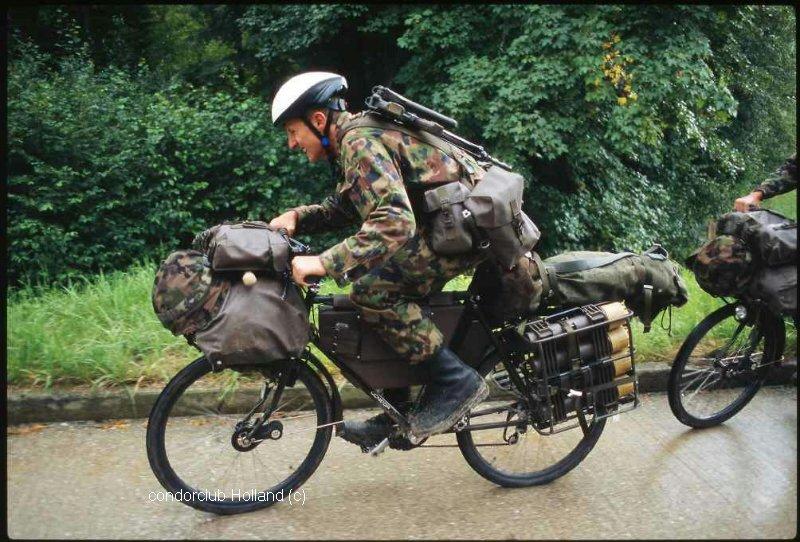 Les vélos militaires suisses 27310