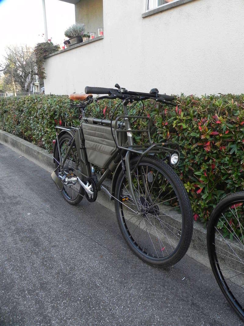 Les vélos militaires suisses - Page 2 Dscn7427