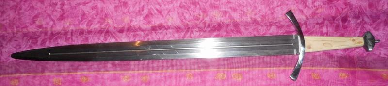 elle arrive tout doucement mon épée Dscn3016
