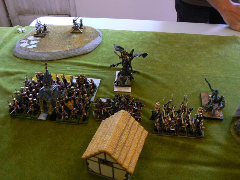 5000 Pts contre les Elfes noirs Durthu contre Malekite P1160541