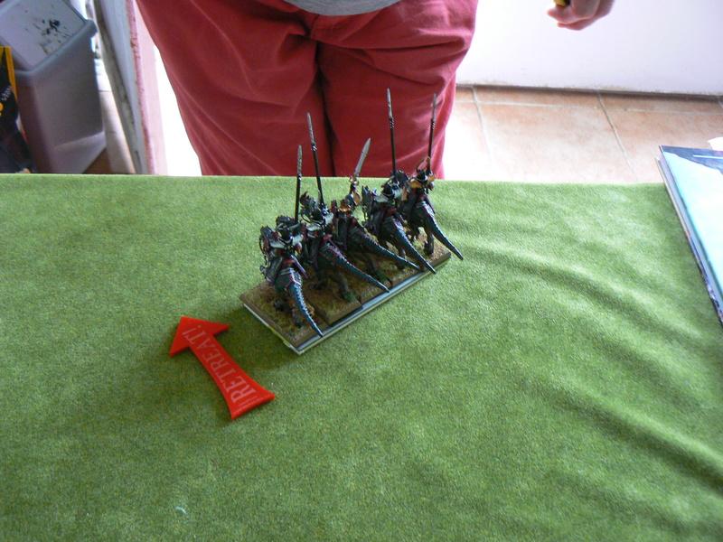 5000 Pts contre les Elfes noirs Durthu contre Malekite P1160649