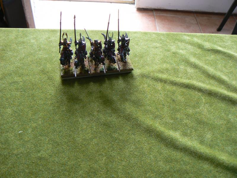 5000 Pts contre les Elfes noirs Durthu contre Malekite P1160812
