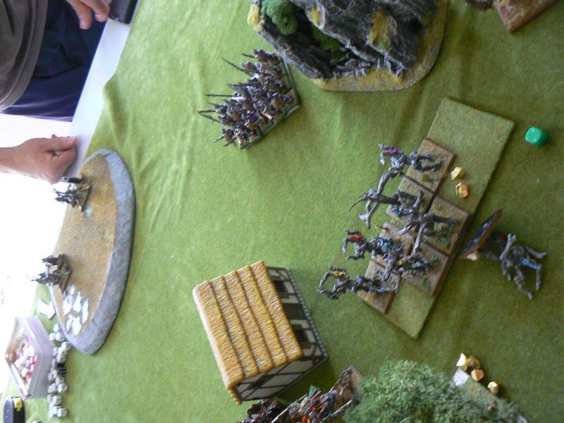 5000 Pts contre les Elfes noirs Durthu contre Malekite P1160912