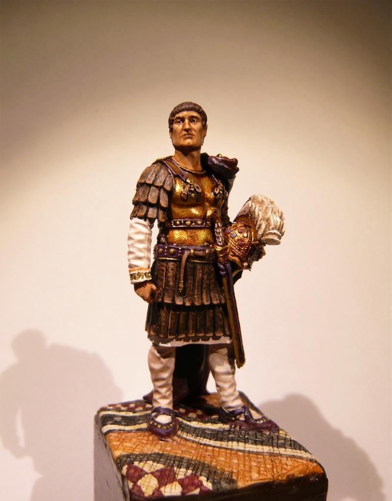 Vitrine de Trajan. Officier Républicain, Guerre d'Espagne 1937. P1320025