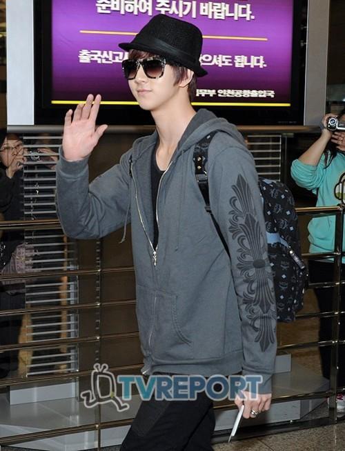 MBLAQ @ Airport departing for Bangkok Airp910
