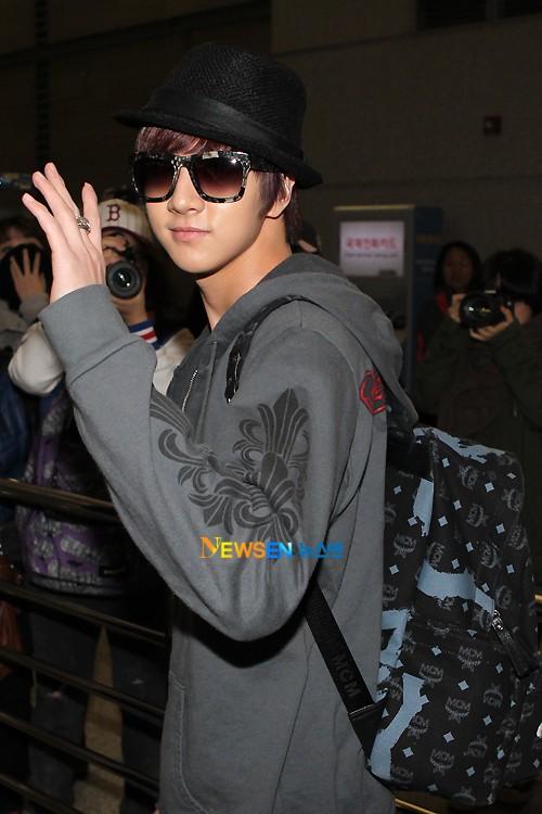 MBLAQ @ Airport departing for Bangkok Airpor12