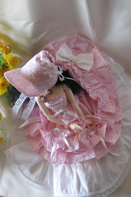 Kameo :petites robes tiny, pukifees ... le 17/05/15 p.22 - Page 3 Garden15