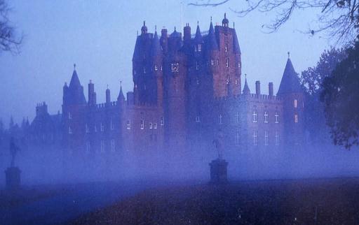 Kështjella Glamis dhe fantazmat Glamis10