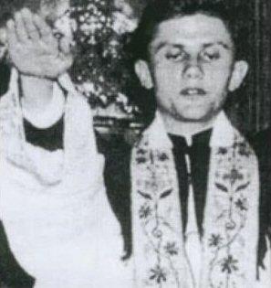 Absurditete fetare Pope-b10