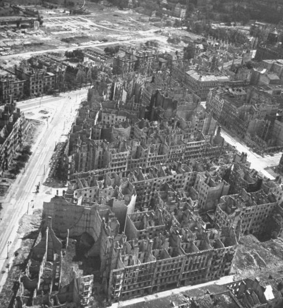 Berlin en 1945 A1010