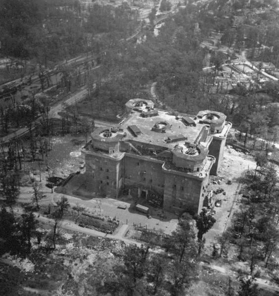 Berlin en 1945 A4_fla10