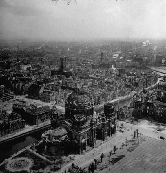 Berlin en 1945 A910