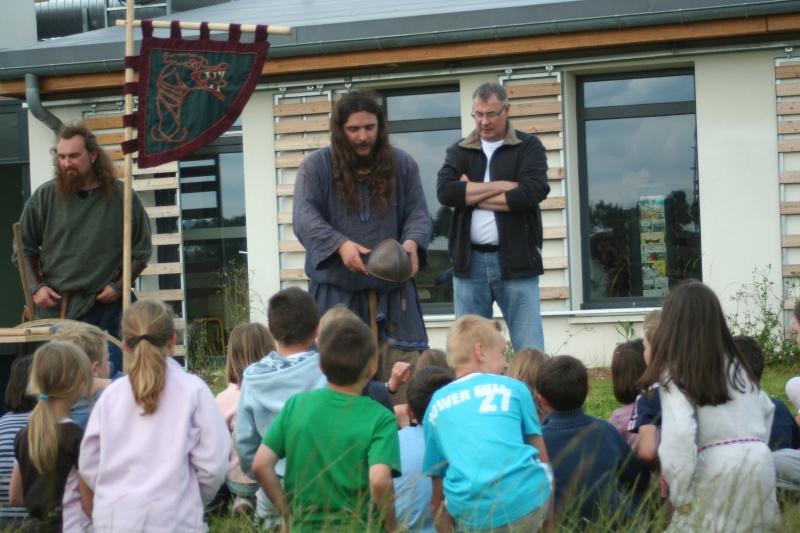 Représentation à l'école Paul Emile Victor (Baisieux) - juin 2009 Img_2112
