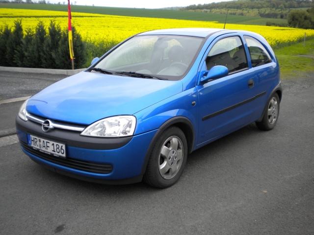 Blue Angel's Corsa C Dscn0510