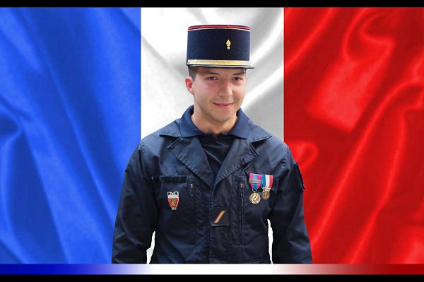 Mort au feu du sergent Jonathan Lassus-David de la Brigade des Sapeurs Pompiers de Paris David-10