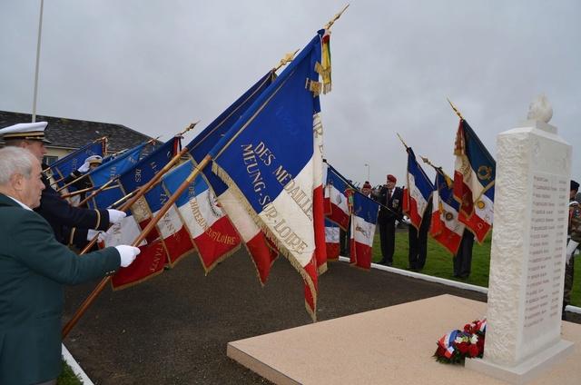 Orléans-Bricy : une stèle à la mémoire des morts du CPA 10 Dsc_3010
