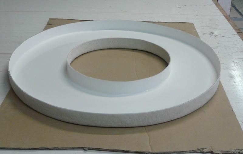 Angély Composites Protection roue de secours résine anti feu P1120610