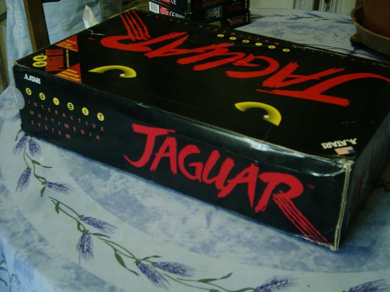 [ESTIM] Console Atari Jaguar US en boite complète + 1 jeu loose 40601914