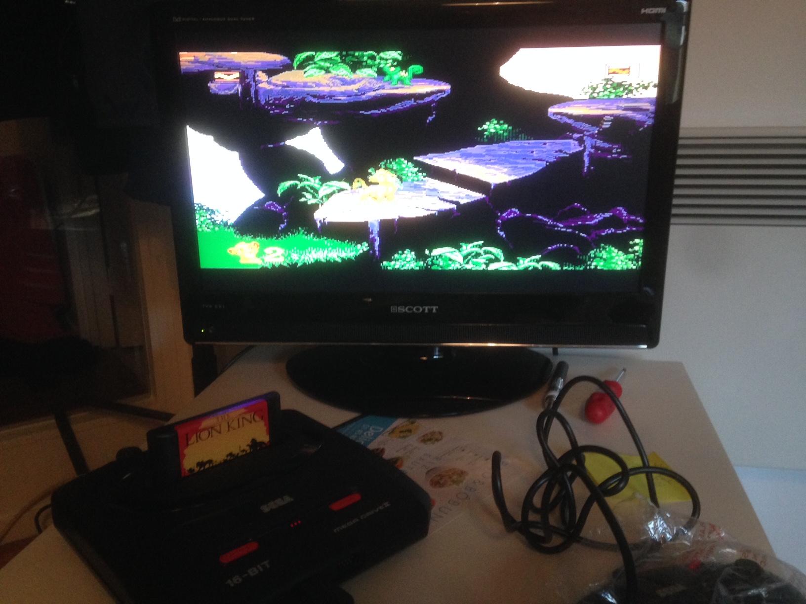 [VENDS] Console Megadrive II - Pack Le Roi Lion - complet en boite Image119