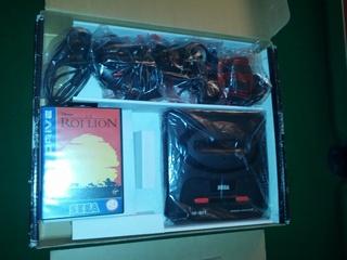[ESTIM] Console Megadrive II - Pack Le Roi Lion - complet en boite Img_2026