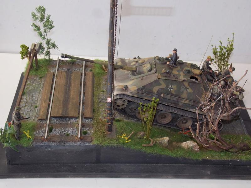 jagdpanther - Jagdpanther sur la voie (dragon 1/35) - Page 3 Dscn6243