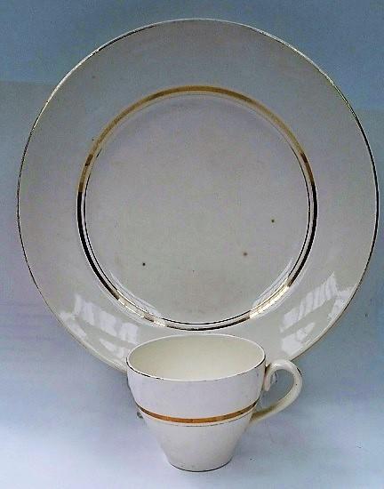Gay Gold has an unusual tulip cup Gay_go13