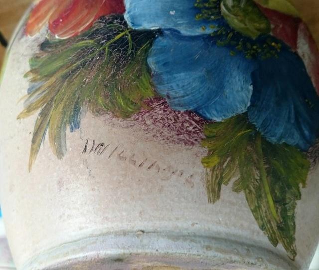 Harwyn vase courtesy of Wendy Turner Harwyn11