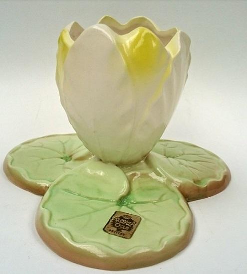 Royal Oak Water Lily vase Royal_12